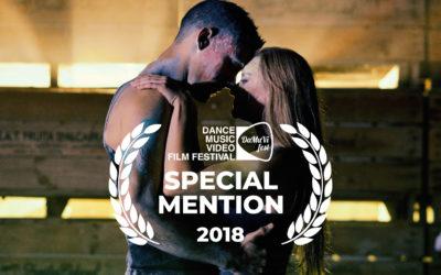 DUST DANCE PRODUCIDO POR CREW FILMS, MENCIÓN ESPECIAL EN EL FESTIVAL DAMUVI (LOS ANGELES)